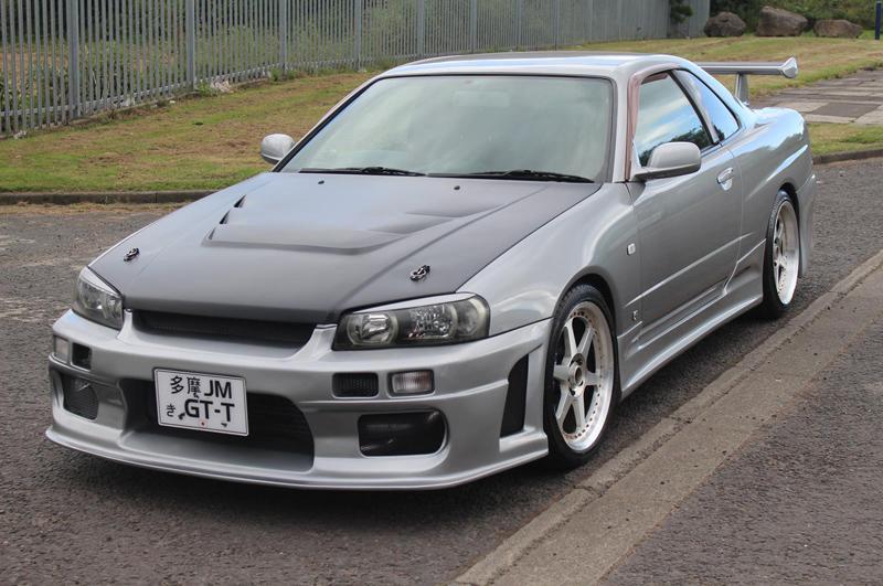 Nissan Skyline R34 GT-T (1998) - schräg vorne 1