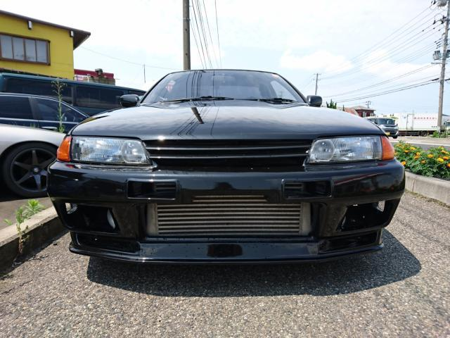 Nissan Skyline R32 GTS-T Type M (1992): Front