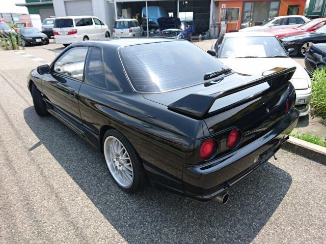 Nissan Skyline R32 GTS-T Type M (1992): Schräg hinten 2