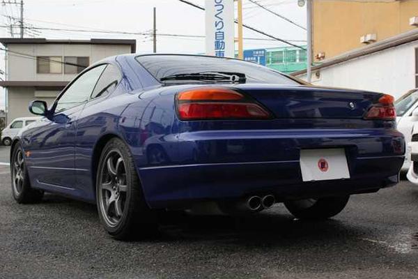 Nissan Silvia S15: Schrägansicht von hinten 1