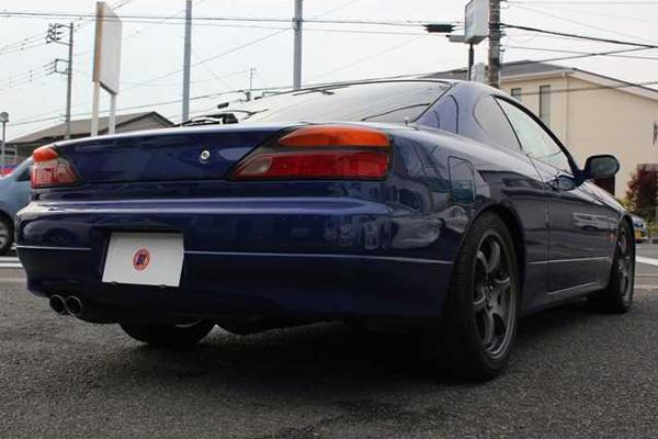 Nissan Silvia S15: Schrägansicht von hinten 2