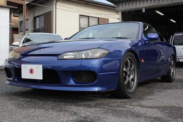 Nissan Silvia S15: Schrägansicht von vorne 1