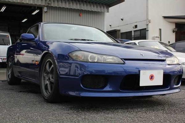 Nissan Silvia S15: Schrägansicht von vorne 2
