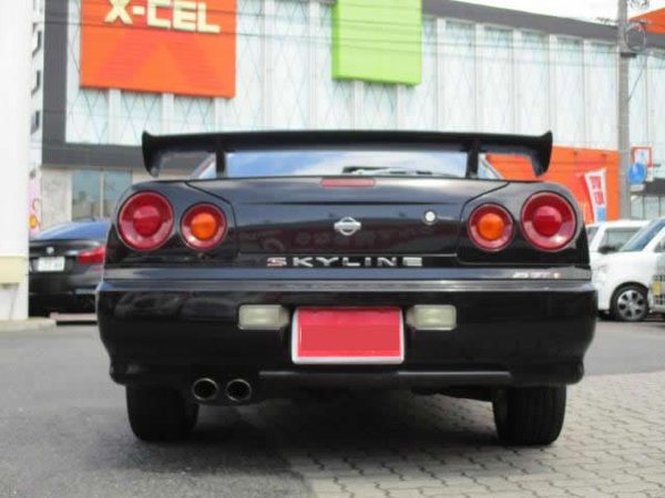 Nissan Skyline GT-T (1999): Hinten 1