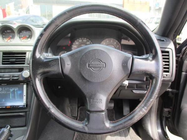 Nissan Skyline R34 GT-T (1999): Interieur 4