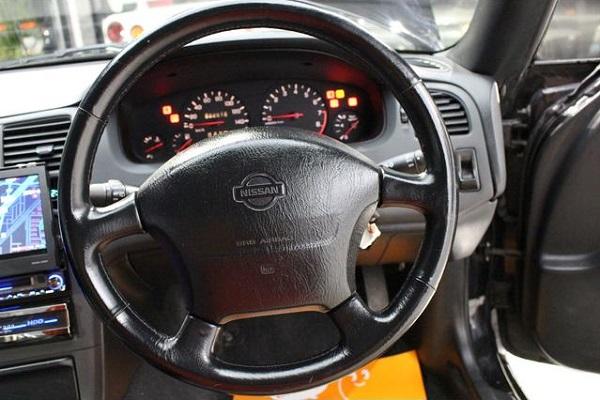 Nissan Skyline R33 GTS-T Type M: Interieur 5