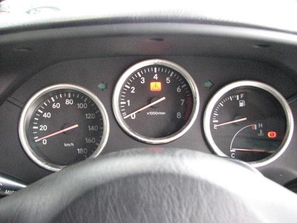 Toyota Supra MKIV Non Turbo: Interieur 4