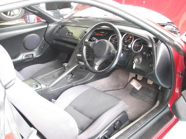 Toyota Supra MKIV Non Turbo: Interieur 1