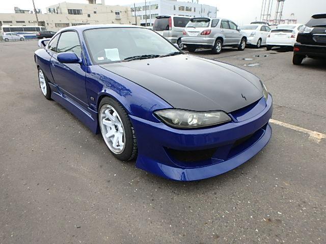Nissan Silvia S15 Type R (2000): Vorne 1