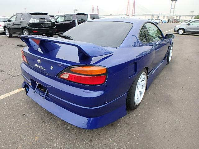 Nissan Silvia S15 Type R (2000): Hinten 1