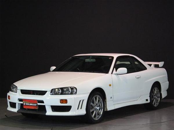 Nissan Skyline R34 GT-T (1998): Schräg vorne 1