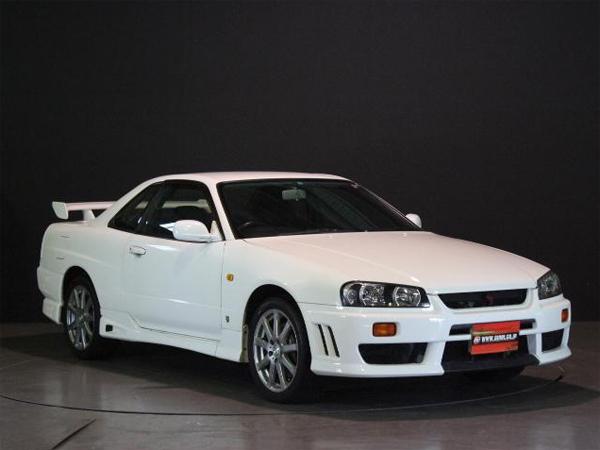 Nissan Skyline R34 GT-T (1998): Schräg vorne 2