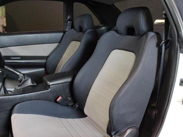 Nissan Skyline R34 GT-T (1998): Interieur 4