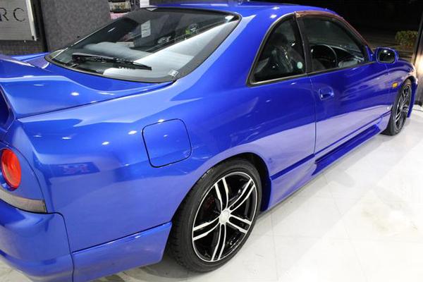 Nissan Skyline R33 GTS-T Type M Anniversary (1997): Schräg hinten 4