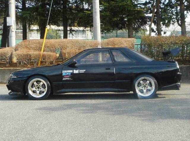 Nissan Skyline R32 GTS-T Type M (1990) HIGH SPEC - Seitenansicht 2