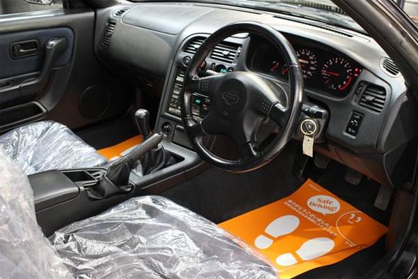 Nissan Skyline R33 GTS-T Type M Spec 2 (1996): Interieur 1