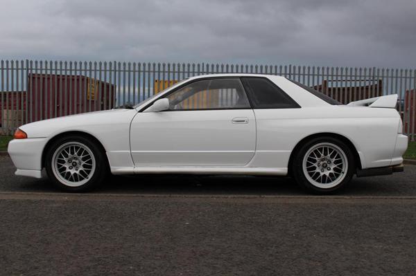 R32 GT-R V-Spec: Seitansicht 1