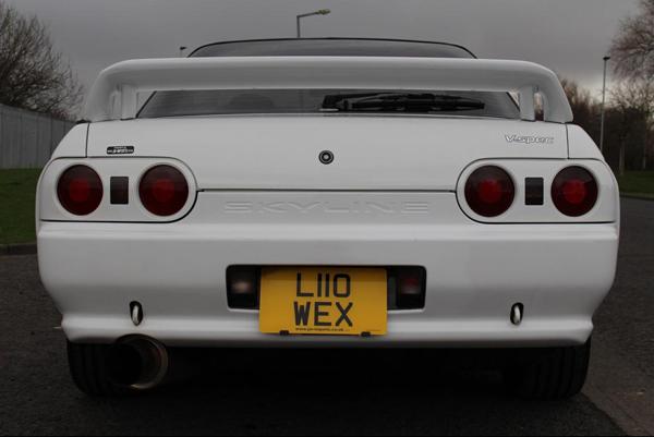 R32 GT-R V-Spec: Heckansicht 1