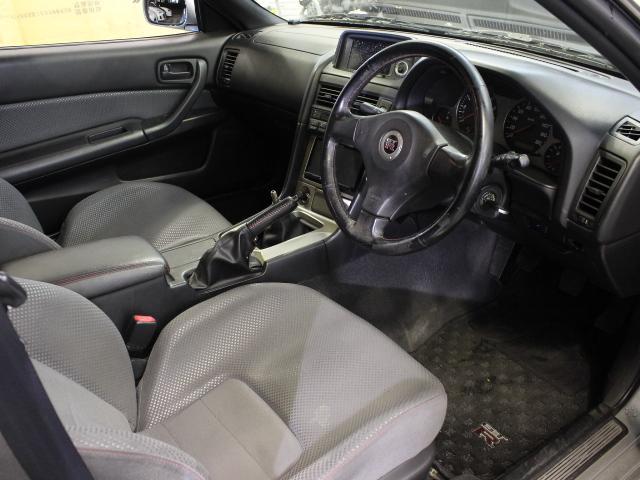 Nissan Skyline R34 GT-R (1999): Interieur 2