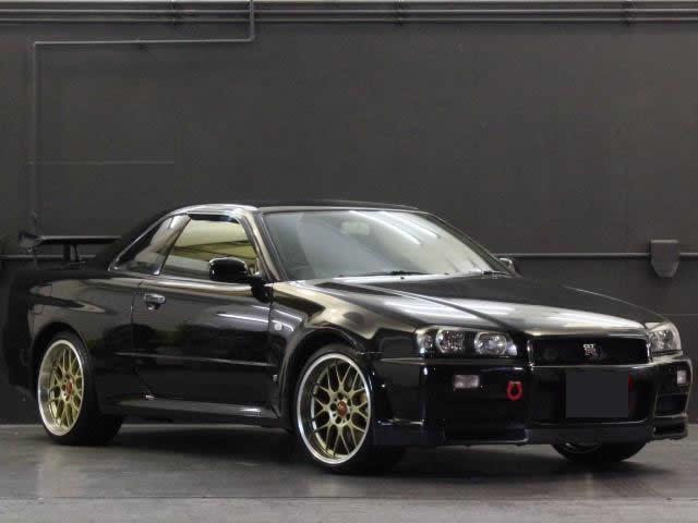 Nissan Skyline R34 GT-R 300PS+ (1999): Vorne schräg 2
