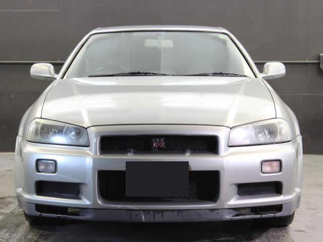 Nissan Skyline R34 GT-R (1999): Frontansicht