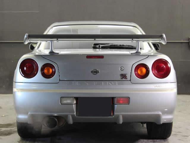 Nissan Skyline R34 GT-R (1999): Heckansicht
