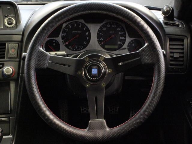 Nissan Skyline R34 GT-R 300PS+ (1999): Interieur 1