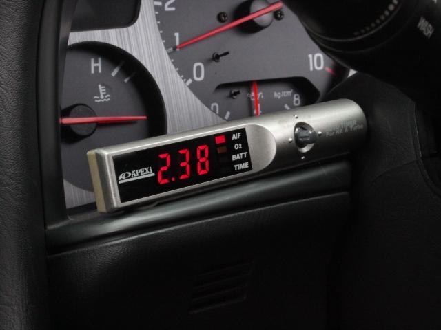 Nissan Skyline R34 GT-R 300PS+ (1999): Interieur 7
