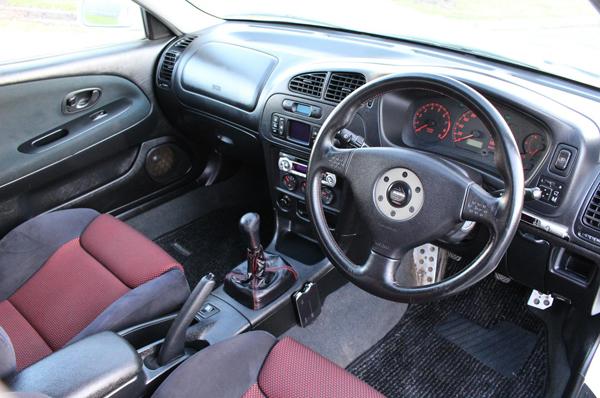 Mitsubishi Lancer Evo 6 Tommy Makinen (2000): Interieur 1