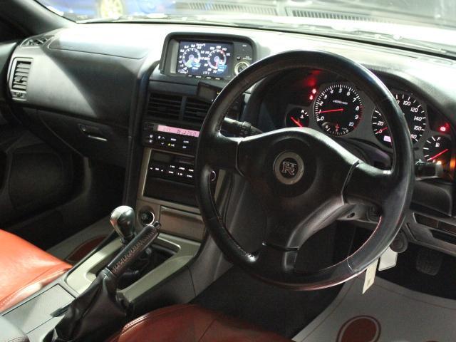 Nissan Skyline R34 GT-R_1999_201801: Interieur 1