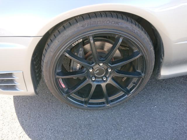 Nissan Skyline R34 GT-T: SSR Felgen