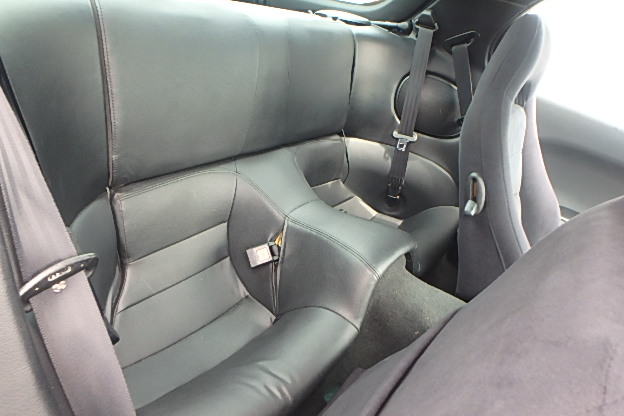 Mazda RX-7 Type RS: Interieur 2